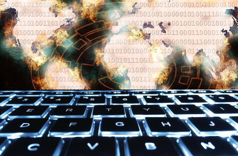 Antivírus antispyware e firewall para entender as diferenças.
